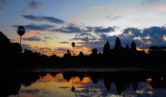 """""""穿越古城,探索高棉"""" 柬埔寨-吴哥窟经典三日券6日游"""