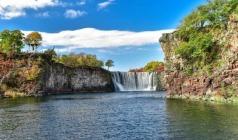 【夏日欢乐颂】长春、长白山西北联游、万达小镇度假区、长白山虎林园、镜泊湖深度6日游